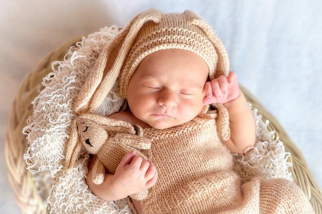 miminko se zajíčkem