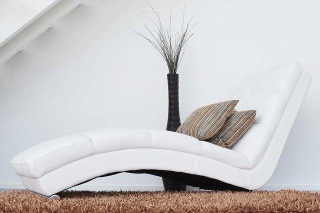 koberec pod pohovkou.jpg