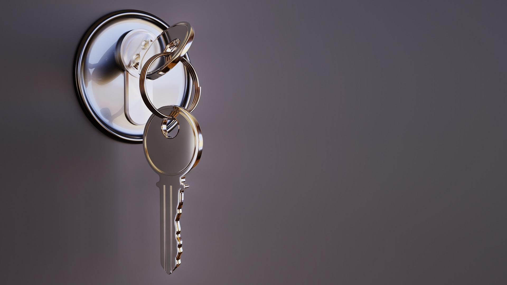 klíč v zámku